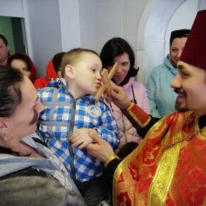 В социальных гостиницах Новосибирска прошли пасхальные торжества